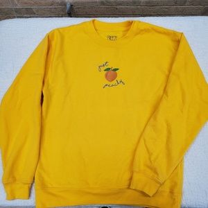 NWOT FREEZE yellow Just Peachy pullover sweatshirt